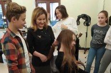 Więcej o: Z wizytą u fryzjera